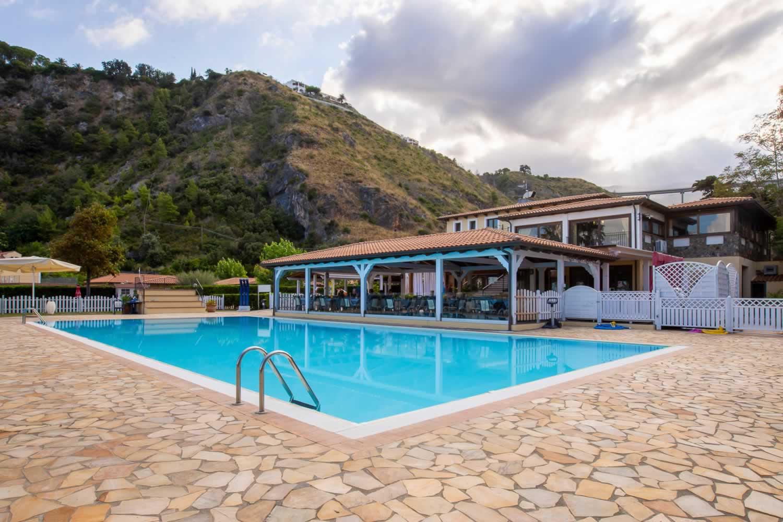Arcomagno Resort - Piscina